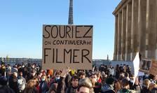 """21 noiembrie 2020: manifestatie la Paris (Trocadéro) pentru a cere abrogarea proiectului de le """"Securitate globalà"""" si, mai ales, a articolului 24."""