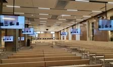 Sala de audiente dedicatà procesului atentatelor din 13 noiembrie 2015 are 550 de locuri.