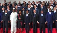 Sefii de stat reuniti pentru traditionala fotografie de familie în deschiderea celui de-al 16-lea sommet al Francofoniei, Antananarivo, Madagascar, 26 noiembrie 2016