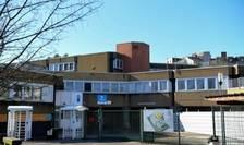 Liceul de la Villefontaine unde adolescenta nu poate reveni pentru moment din cauza cuvintelor cu care a criticat Islamul