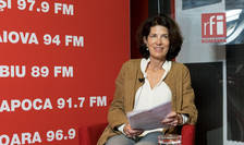 Laurence Auer in studioul RFI Romania