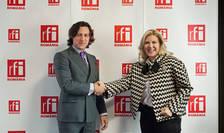Dan Pavel și Cristina Chiriac in studioul RFI Romania
