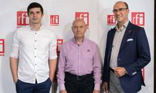 Mihai CRĂCEA, Ion BERNEA şi  Sergiu Costache in studioul radio RFI Romania