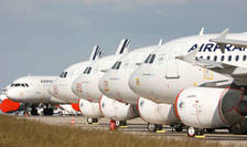 Avioane Air France parcate pe aeroportul Roissy, 25 mai 2020