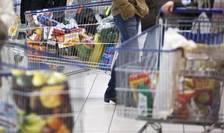 Intr-un supermarket francez, aprilie 2013