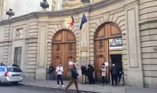 Ambasada României la Paris a gazduit mai multe sectii de vot pentru alegerile prezidentiale, 24 noiembrie 2019.