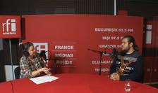 Andreea Orosz si Andrei-George Dobrea in studioul de înregistrări RFI Romania