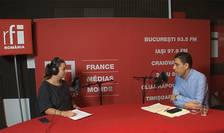 Andreea Pietroșel și Petrișor Obae in studioul de inregistrari RFI Romania