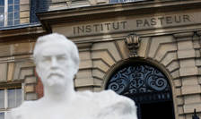 Institutul Pasteur a anunţat luni 25 ianuarie că sistează proiectul de vaccin împotriva virusului Covid-19.