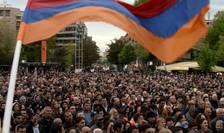 Erevan, manifestatii de protest împotriva premierului Sarkassian, pe 13 aprilie 2018.