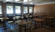 Anul școlar începe cu reguli stricte pentru elevi și profesori (Foto: RFI/Cosmin Ruscior)