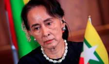 Aung San Suu Kyi a compàrut luni, 24 mai, pentru prima datà la procesul pe care i l-a intentat junta militarà din Myanmar.