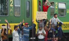 Imigranţi, la Budapesta (Foto: Reuters/Laszlo Balogh)