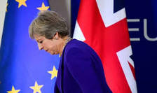 Demisii in lant in cabinetul premierului britanic dupa aprobarea acorduui cu UE privind Brexit