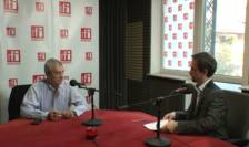 Preşedintele Senatului, Călin Popescu Tăriceanu, în studioul RFI (arhivă)