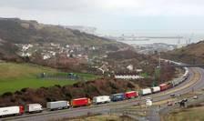Coadă de camioane la Dover