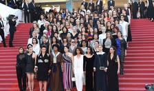 82 de femei din lumea celei de-a 7-a arte, pe treptele Palatului Festivalurilor de la Cannes