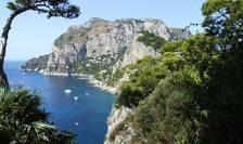 """Ministrul italian al Turismului speră să promoveze unele dintre insulele mici ale ţării, precum Capri, ca """"libere de Covid"""", pentru a-i încuraja pe turişti să revină."""