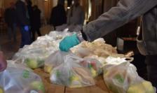 Distribuire de alimente în Franţa, Paris, biserica Sainte-Ambroise, 24 martie 2020