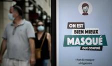 Panou informativ la Bordeaux privind obligativitatea de a purta mască în spaţii publice închise.