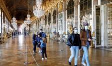 Vizitatori la Versailles în ziua redeschiderii, după carantină, pe 6 iunie 2020.