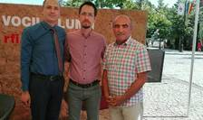 Silviu Gurlui (s), Cosmin Ruscior şi Dănuţ Pirchiu (d), la emisiunea Planeta Verde
