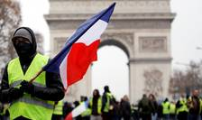 Protestatar pe Champs-Elysées, 15 decembrie 2018