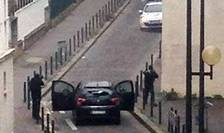 Fratii Kouachi au ucis în data de 7 ianuarie 2015 12 persoane la sediul revistei Charlie Hebdo si în împrejurimile redactiei. Douà zile mai târziu ei aveau sà fie ucisi de politie în periferia Parisului.