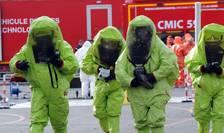 Pompieri, politisti si echipe de salvare franceze se antreneazà pentru un eventual atac chimic joia trecutà la Lens, oras care va gàzdui anul viitor 4 meciuri în cadrul Euro2016
