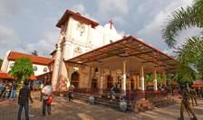 Forțele de ordine au realizat un perimetru de securitate în zona unei biserici din Sri Lanka (Foto: Reuters)