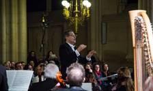 Dirijorul Christian Ciucà în fruntea Ansamblului Instrumental din Paris