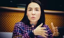 Claudia Țapardel critică raportul MCV (Sursa foto: Facebook/Claudia Țapardel)