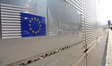 Corupţia persistă la toate nivelurile în România şi rămâne un obstacol în afaceri, subliniază Comisia Europeană