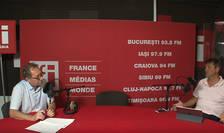Constantin Rudniţchi și Ovidiu Demetrescu in studioul de inregistrari RFI Romania