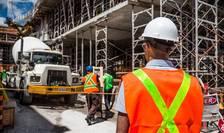 Sectorul construcțiilor se află în dificultate, dar soluția acordării unor facilități fiscale pentru salariile din construcții este discutabilă.