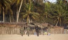 Forte de ordine pe plaja de Grand-Bassam din Coasta de Fildes dupà atentatul terorist de duminicà