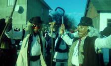 Crasna, sat românesc în Ucraina, obiceiuri de Anul Nou