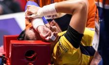 Handbalista Cristina Neagu, accidentată în meciul cu Ungaria de la Euro 2018 (Foto: AFP/Sebastien Bozon)
