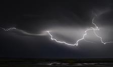 Fenomenele meteo extreme lovesc România din ce în ce mai frecvent (Sursa foto: pixabay-ilustrație)