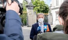 Dacian Cioloș face apel la responsabilitate, în plină criză sanitară (Sursa foto: Facebook/Dacian Cioloș)