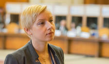 Dana Gîrbovan crede că nu se impune ridicarea MCV-ului