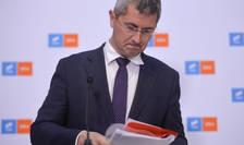 Dan Barna pierde primul tur al alegerilor din USR PLUS, în fața lui Dacian Cioloș (Sursa: MEDIAFAX FOTO/Alexandru Dobre)