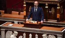Premierul Frantei, Edouard Philippe, în fata unui grup redus de parlamentari, îsi detaliazà planul de iesire din carantinà. 28 aprilie 2020.