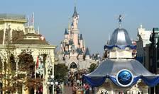 Disneyland Paris îsi transforma centrul de conferinte într-un gigant centru de vaccinare.