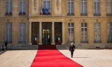 Curtea Palatului prezidential Elysée