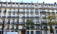 """Imobil de tip """"haussmannian"""" la Paris"""
