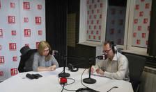 Mihaela Mitroi și Constantin Rudniţchi in studioul radio RFI Romania