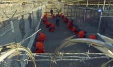 Deţinuţi de la Guantanamo (Foto: Reuters/DoD/Shane T. McCoy/arhivă)