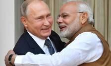 Vladimir Putin şi Narendra Modi la Vladivostok