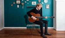 Chitaristul corsican Fanou Torracinta, 26 de ani, scoate al 3-lea CD pe piatà.
